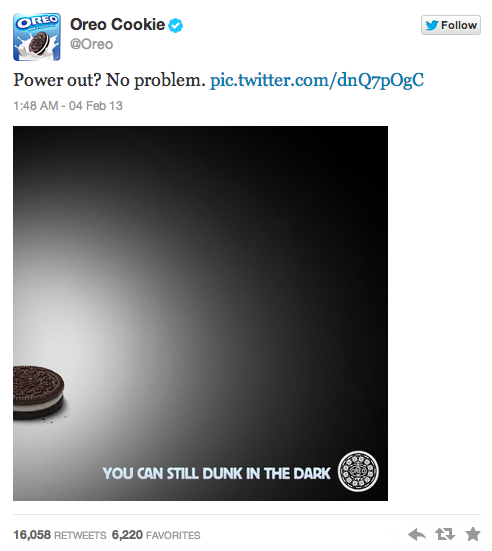 Super Bowl Tweet by Oreo